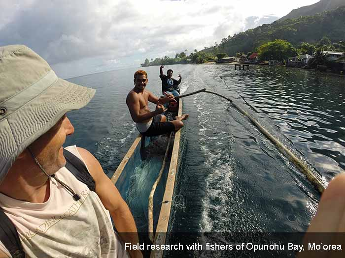 Lauer in Moorea with local fishermen